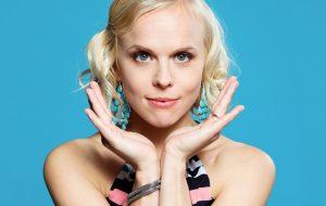 Aili Ikonen: Laulan
